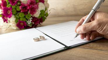 Świadek na ślubie. Jakie warunki trzeba spełniać, aby móc nim zostać? Zdjęcie ilustracyjne