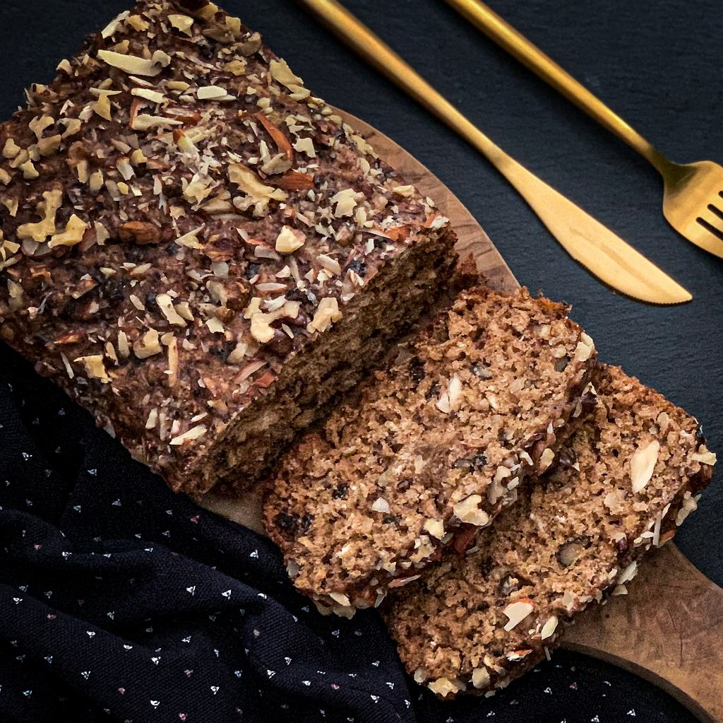 Chlebek z nasion i orzechów