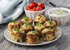 Zdrowy smak natury: pieczone placuszki ziemniaczano-selerowe z ziołowym dipem