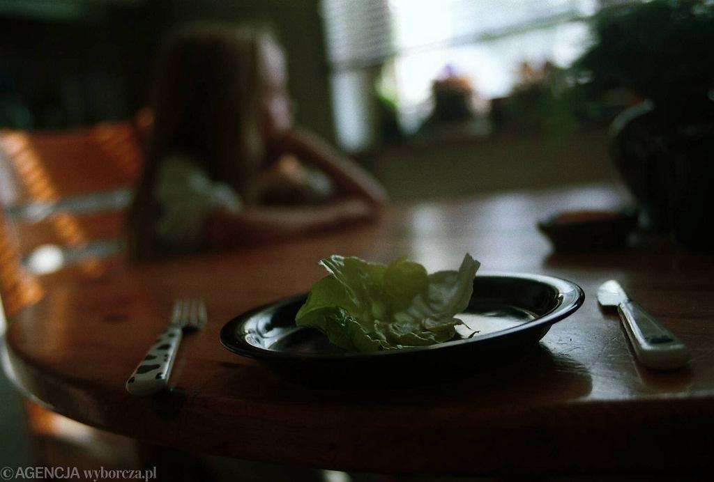 Na zaburzenia odżywiania cierpią coraz młodsze dzieci.