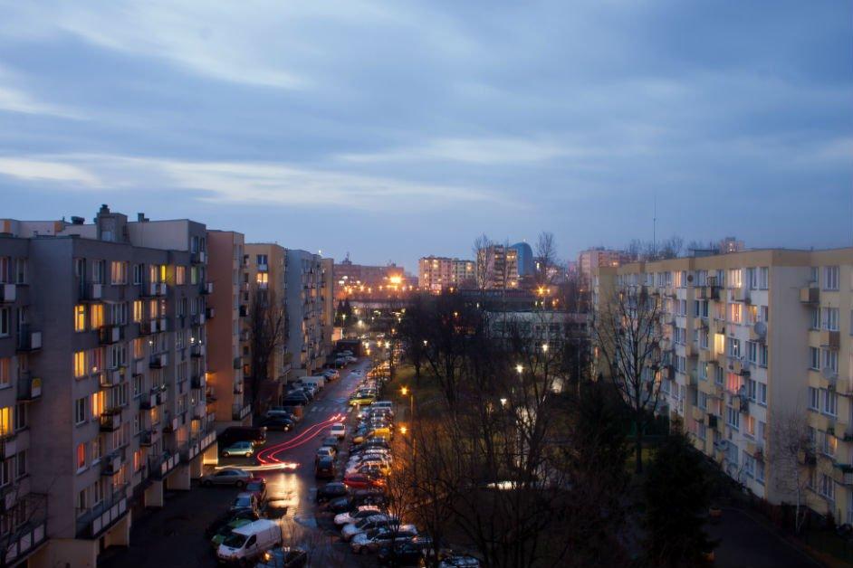 Przyczółek Grochowski nocą.