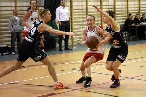 Pierwszoligowe koszykarki Mon-Polu sprawdzą formę w turnieju w Płocku