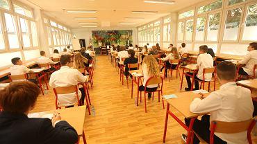 16.06.2020, Wrocław, egzamin ósmoklasisty w Szkole Podstawowej nr 29