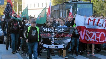 Marsz przeciw imigrantom w Toruniu