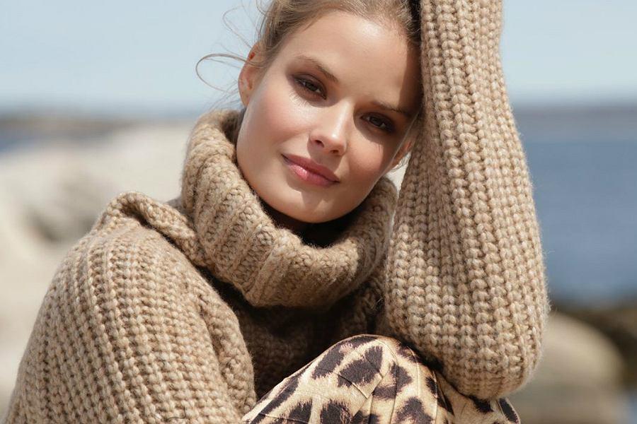 sweter Marie Lund