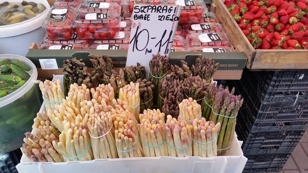 Szparagi na Hali Mirowskiej