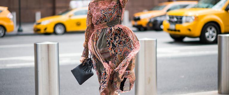 Te sukienki z długim rękawem dla kobiet po 50-tce to idealne fasony na jesień i zimę!