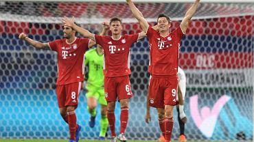 Lewandowski niewidoczny, Bayern upokarzany. I wtedy Polak wkroczył do akcji.