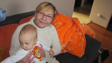 Iwona Warchala z wnukiem Olafem