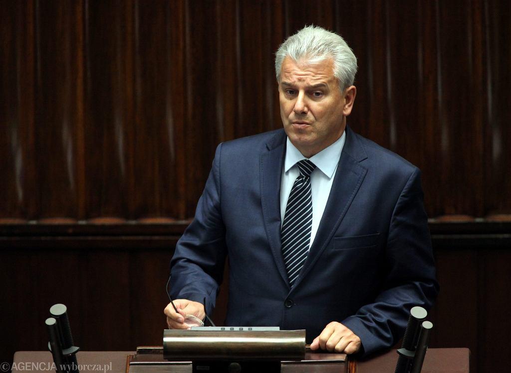Prokuratura w Katowicach wniosła akt oskarżenia przeciwko Cezaremu Grabarczykowi