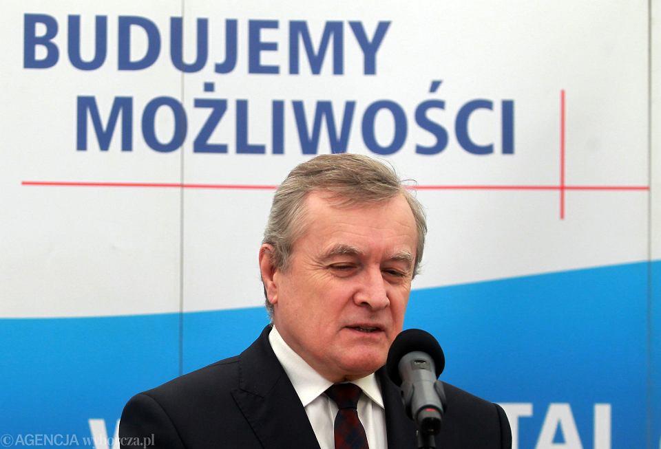 Minister Gliński, negatywnie zaopiniował odwołanie dyrektora Opery Wrocławskiej.