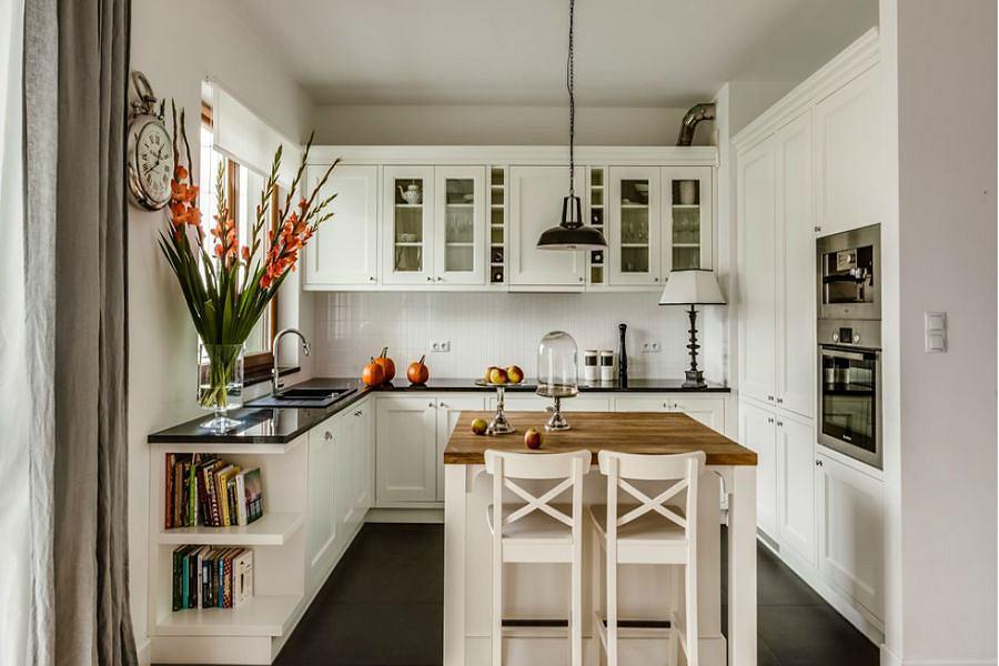 Jak urządzić kuchnię w bieli?