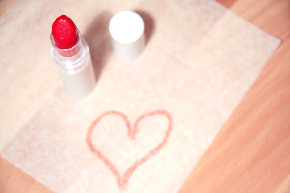 Mogę się malować, więc to robię! (fot. Pexels.com CC0)