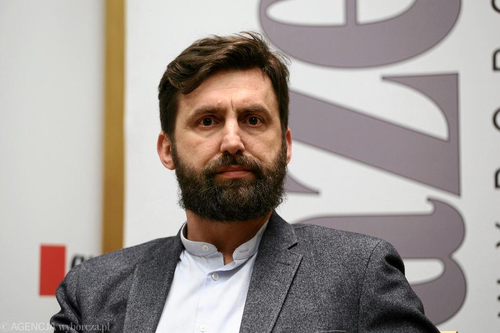 Rafał Trzaskowski dał rzecznikowi reprymendę. Kamil Dąbrowa nie będzie już pisał o 'nawilżaniu'