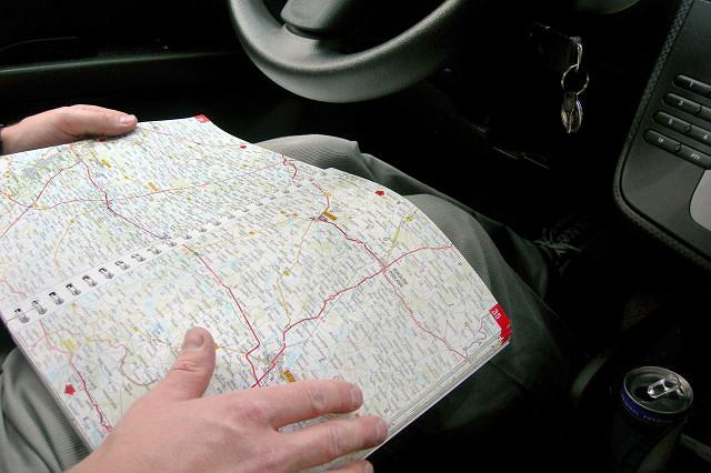 Klasyczna mapa nie zawsze pomaga. Czasem warto zapytać o drogę