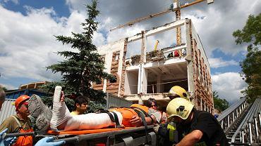 Wypadek na budowie (zdjęcie ilustracyjne)
