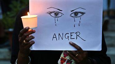 Protesty przeciwko przemocy seksualnej wobec kobiet w Indiach.