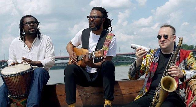 Zagraniczni muzycy śpiewają