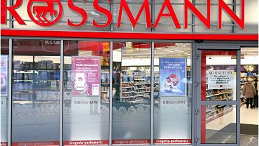 Rossmann promocja makijaż: co kupić? 3 produkty, które warto mieć