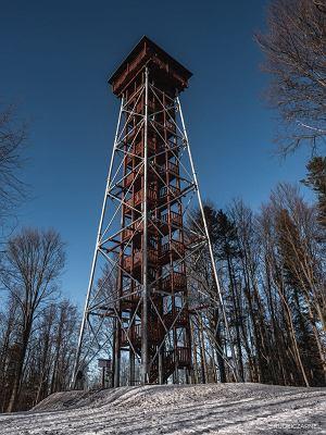 Bieszczady. Nowa wieża widokowa na Jeleniowatym zamknięta do odwołania