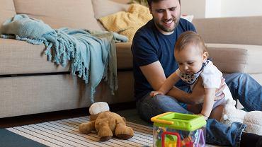 Urlopy rodzicielskie. Przepisy zostaną doprecyzowane