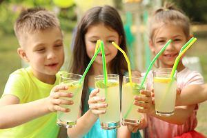 Jak zrobić lemoniadę? Sprawdzone przepisy na pyszny domowy napój