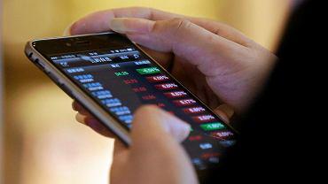 Smartfonem zapłacisz w sklepach, w których znajdziesz ikonę PeoPay, IKO lub BLIK