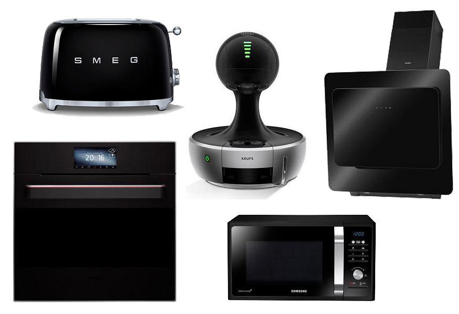 Czarna kuchenka Amica / Czarny toster Smeg w stylu retro / Czarny ekspres do kawy Drop / Czarny okap Amica / Czarna mikrofalówka Samsung