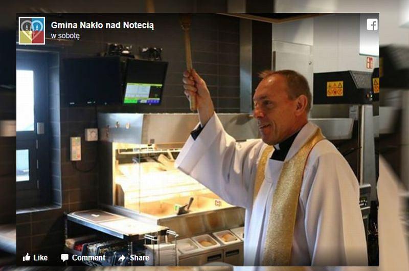 Kościół tłumaczy, po co święcić restauracje