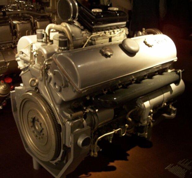 silnik Maybacha z Panzer IV