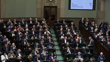 2.03.2020, Sejm, głosowanie nad ustawą o koronawirusie.