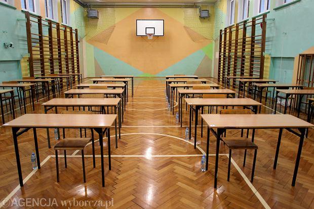 """Szkoła zamknięta, ale nauczyciel musi iść do szkoły? Luka w przepisach. """"Wszyscy są zdezorientowani"""""""