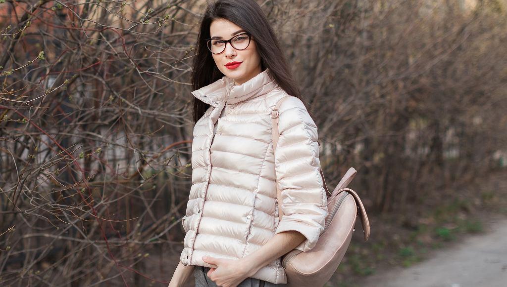 Lidl sprzedaje hitową kurtkę pikowaną za mniej niż 60 zł (zdjęcie ilustracyjne)