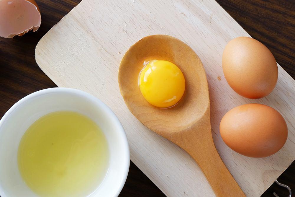 Jajka o ciemnym żółtku są nie tylko smaczniejsze, ale także zdrowsze