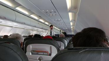 Steward zdradza, że członkowie personelu pokładowego używają między sobą sekretnych kodów