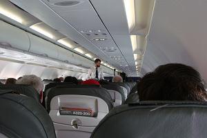 """Steward mówi, jak załoga reaguje na pasażerów, którzy się jej nie spodobali. """"Zaraz wracam"""" to klucz"""