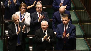Prezes PiS Jarosław Kaczyński, Ryszard Terlecki i Mariusz Błaszczak podczas Zgromadzenia Narodowego.