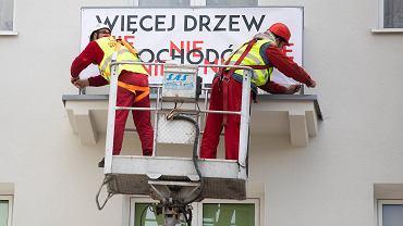 Mieszkańcy ul. Lipowej w Lublinie protestują przeciwko wycince drzew