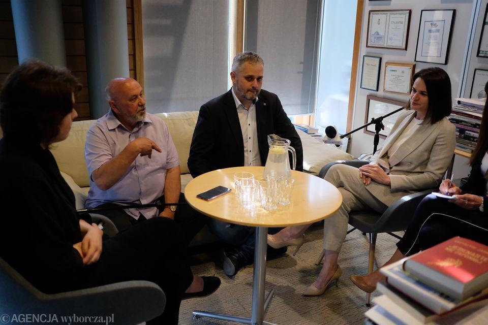 Swiatlana Cichanouska podczas rozmowy w redakcji 'Gazety Wyborczej' z Wiktorią Bieliaszyn, Wacławem Radziwinowiczem i Bartoszem T. Wielińskim