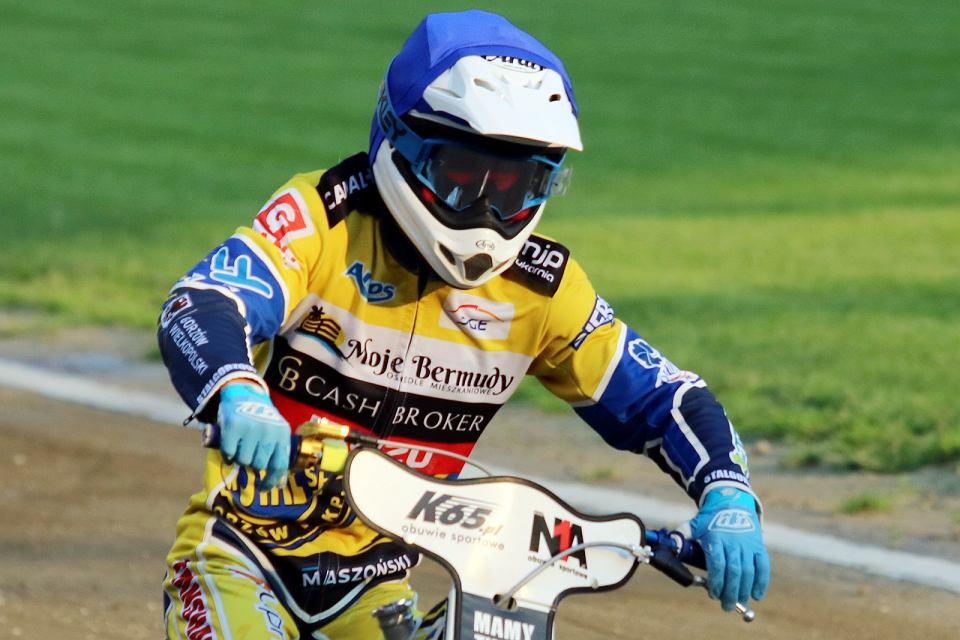 Zdjęcie numer 2 w galerii - Rafał Karczmarz: Dzięki startom w niższej lidze czuję się znacznie pewniej na motocyklu