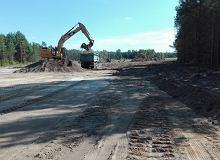 """Via Carpatia. Ropoczęto budowę ważnego odcinka S19. """"Kręgosłup komunikacyjny"""" - mówi minister"""
