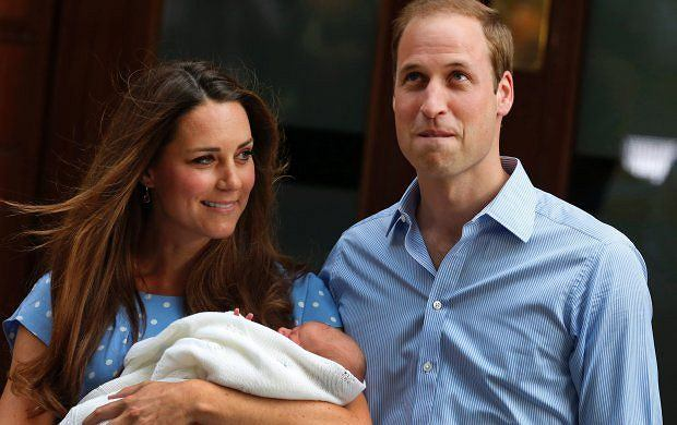 Książę George, księżna Kate, książę William.
