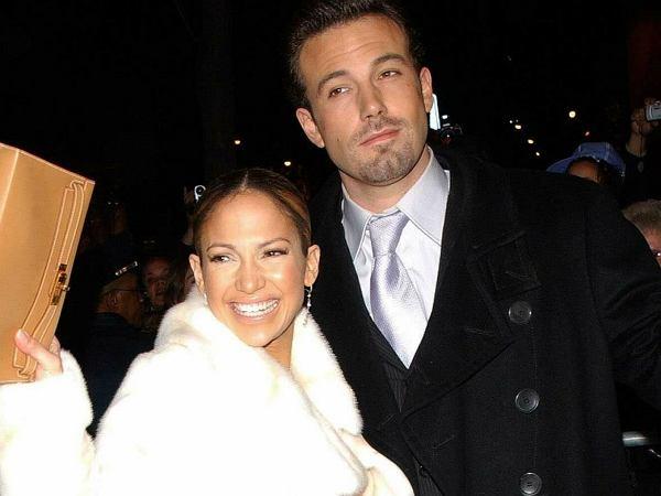 Jennifer Lopez oficjalnie potwierdziła związek z Benem Affleckiem. Opublikowała bardzo romantyczne zdjęcie