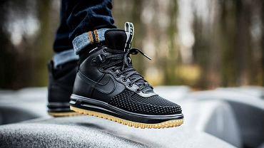 Buty zimowe Nike / Źródło: www.yandex.com, autor: brak informacji