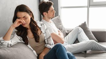 4 zachowania, które niszczą związek. Nie chodzi tu wcale o kłamstwa