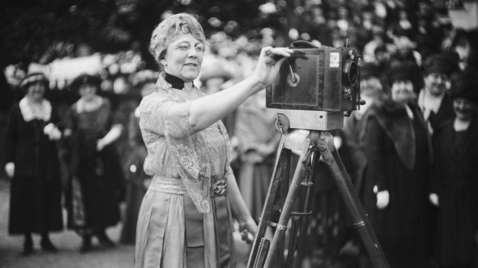 Pierwsza Dama, Florence Harding, za kamerą, 1921-1923 r.