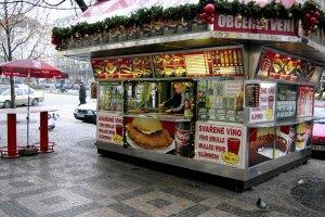 Obrzucanie mięsa błotem. Polskie produkty w Czechach
