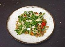 Sałatka makaronowa z avokado i szparagami - ugotuj