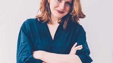 - Dorastające dziewczynki widzą dookoła obrazy pięknych kobiet, z którymi się porównują i do których starają się 'doskoczyć' - mówi Barbara Pietruszczak