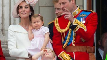 Księżna Kate, księżniczka Charlotte, książę George, książę William